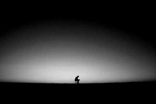 dark-thinking-loneliness-alone-broken